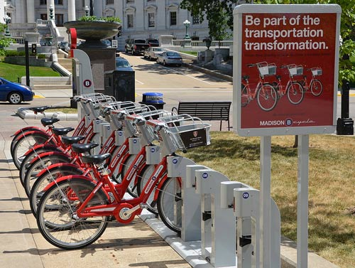 bike sharing madison-wi-afagen-flickr-51035749109@N01