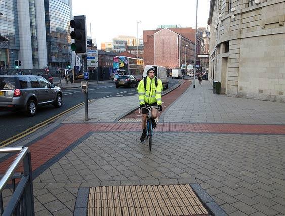 cyclist-path