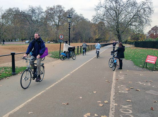 hyde-park-bike-lane