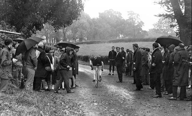 catford-cc-hill-climb-start