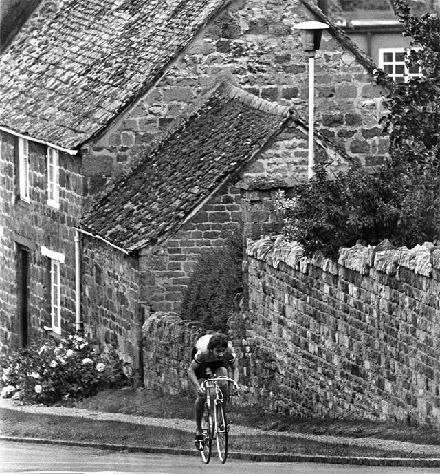 hill-climber-rockingham