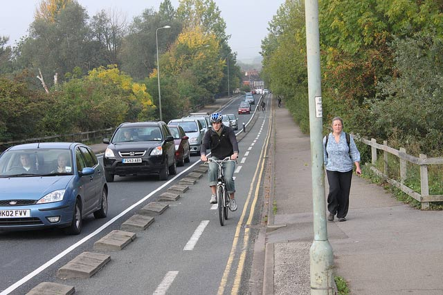 beating-queue-cycle-lane