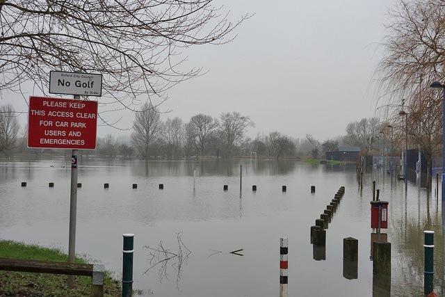 flood-car-park