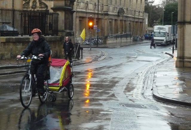 rain-buggy-carriage