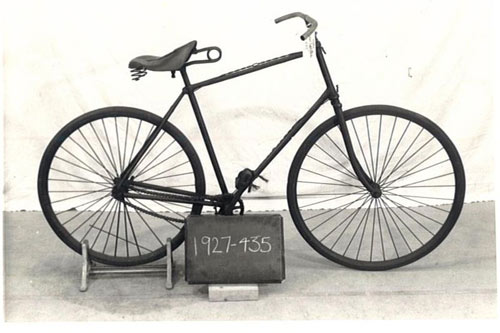 1890-Humber_Safety_Bicycle