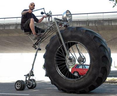 Wouter-van-den-Bosch-monster-bike-2-570x469