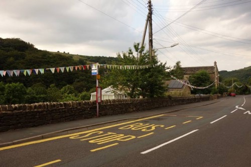 bunting-bus-stop