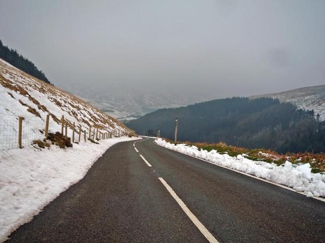 holme-moss-snow