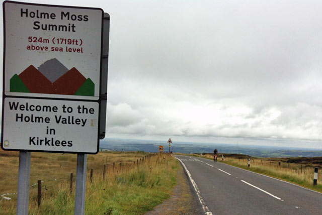 sign-top Holme Moss