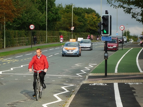cyclist-dismount-blackbird-leys