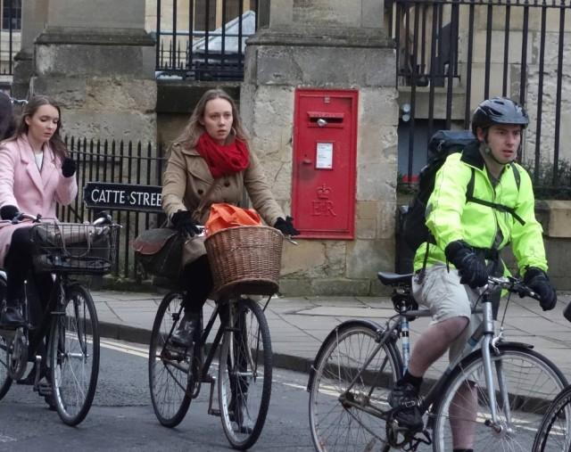 3 cyclists