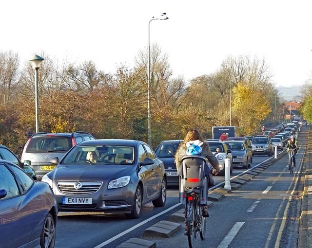 cycle-path-donnignton-4