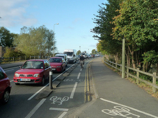 donnington-end-cycle-path