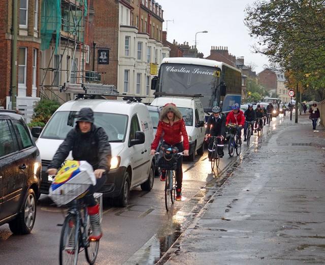 iffley-road-wet-cycle-lane