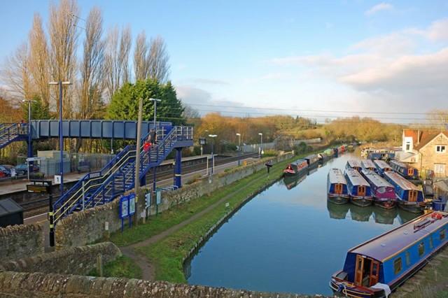 heyford-railway-canal