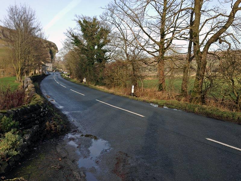 kilnsey-cragg-road