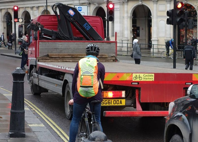 cyclists-stay-back