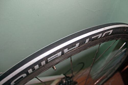 schwalbe-ultremo-tyre-surface