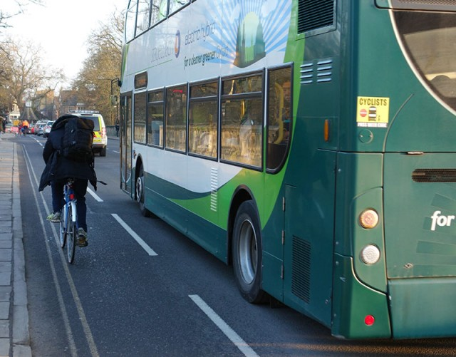 cyclists-buses-pass-with-care