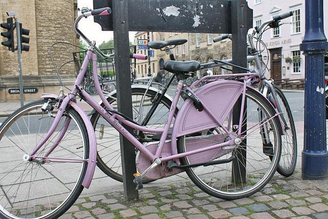 parked-bike-pink