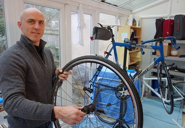 andy-sherwood-repair-man