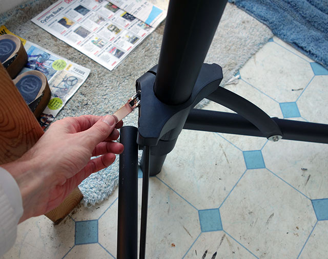 bike-stand-lever