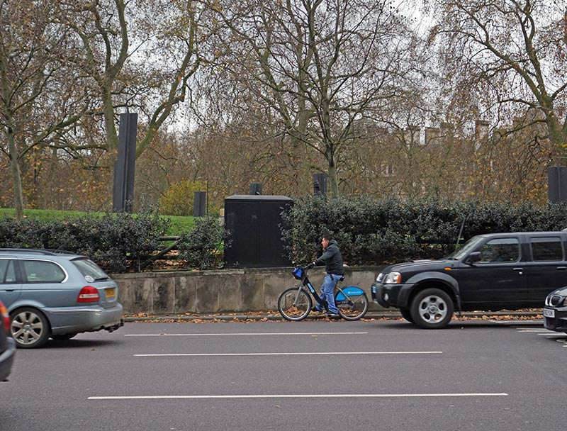 boris-bike-roundabout