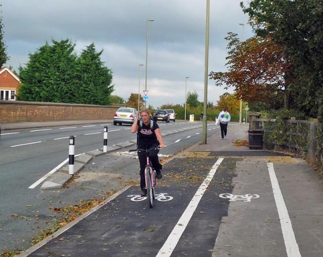 cycle-path-blackbird-leys-on-pavement