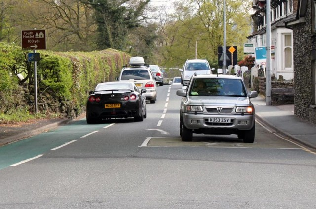 cycle-paths-ambleside-big-cars