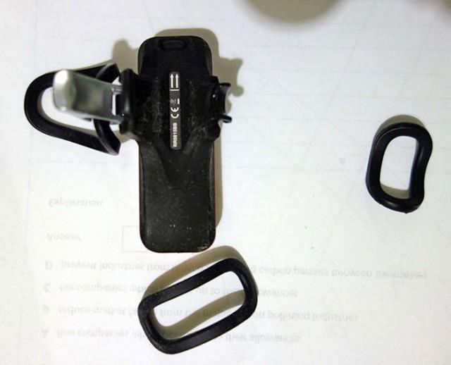 r70-blinder-back