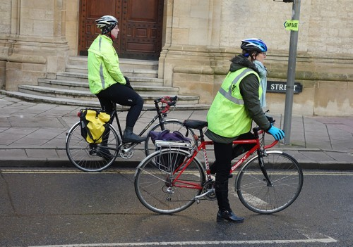 panniers-waiting-cyclists