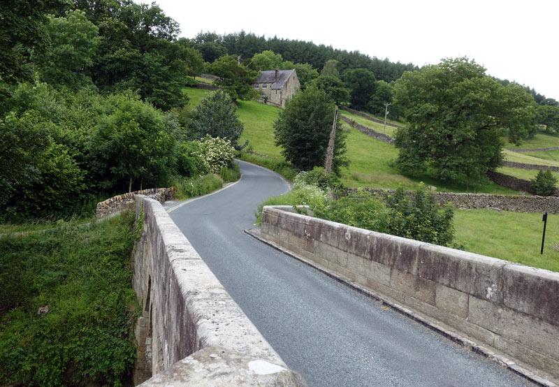 barden-bridge-wharfedale-yorkshire