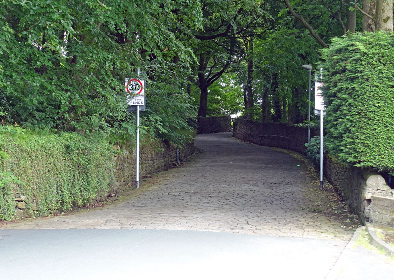 hainworth-lane-cobbles