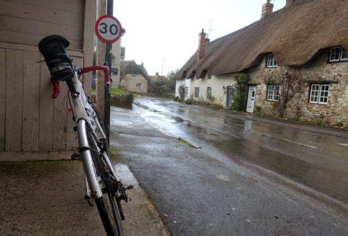 bike-bus-shelter